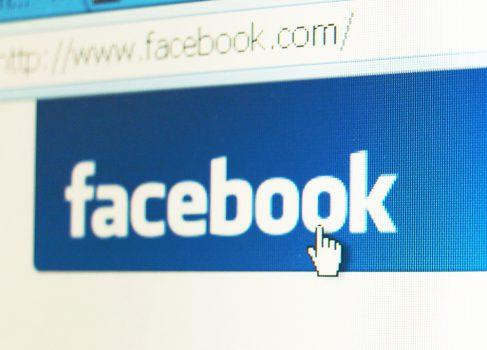 Facebook тестирует новый дизайн страницы пользователя