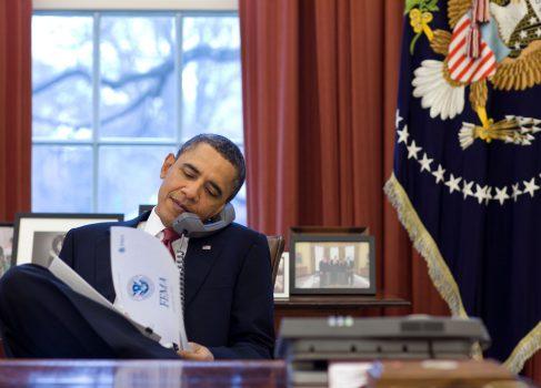 Барак Обама распорядился оптимизировать федеральные сайты под мобильные устройства