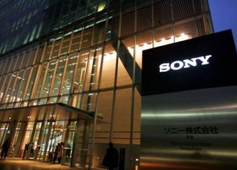 SONY вошла в список поставщиков дисплеев для Apple