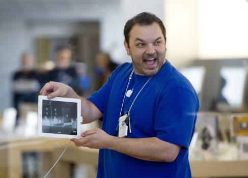 Apple деаёт скидку своим сотрудникам в $500 на Mac и $250 на iPad