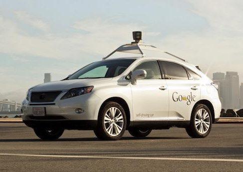 Самоуправляемые машины Google стали рабочими лошадками