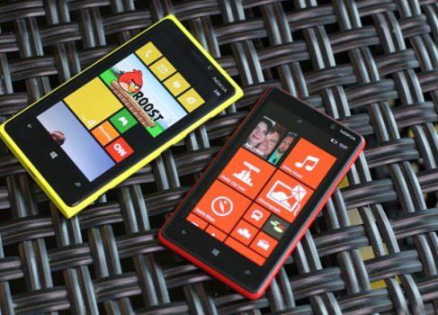 Nokia озвучила европейские цены на Lumia 820 и 920