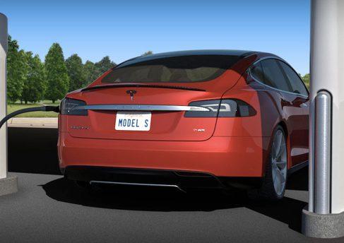 Tesla предоставит бесплатную зарядку владельцам Model S на $100 000