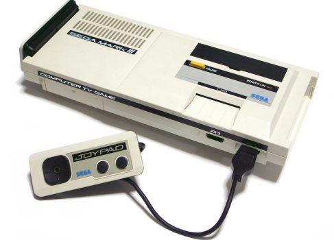 Sega выпускает в Японии игровую консоль Mark III