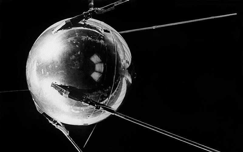 """4 октября 1957 СССР запустил """"Спутник-1"""""""