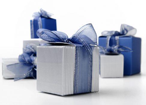 Toast – Birthday Christmas Wishlist для iPhone составляет «списки желаний» с привязкой к реальным подаркам