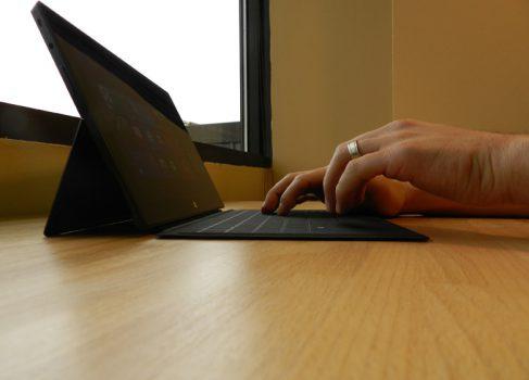 Первый баг в Microsoft Surface: Touch Cover заглушает звук