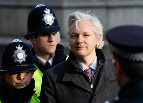 Стало известно название фильма о Джулиане Ассанже и WikiLeaks