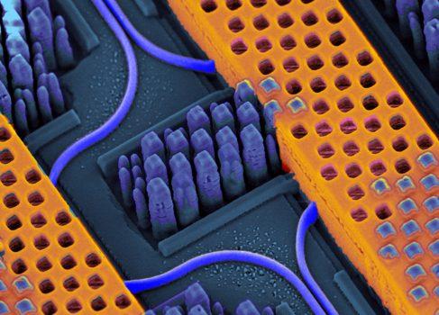 IBM представила фотонный чип