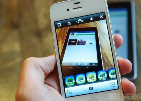 Instagram закрыл просмотр своих фотографий в Twitter