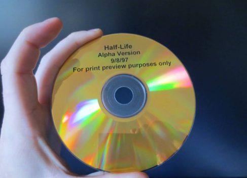В сети «всплыла» альфа-версия Half-Life 1997 года [видео]