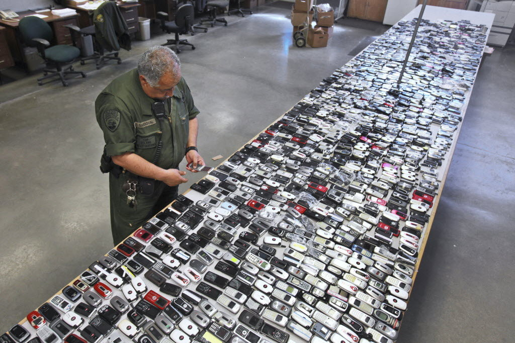 confiscated-cell-phones
