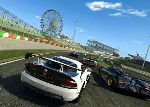 На AppStore появился Real Racing 3 и он бесплатен! [обзор]