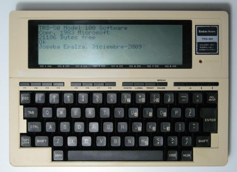 TRS-80_MODEL_100_1983