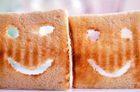 Создан тостер, который выпекает вам тосты с картинками