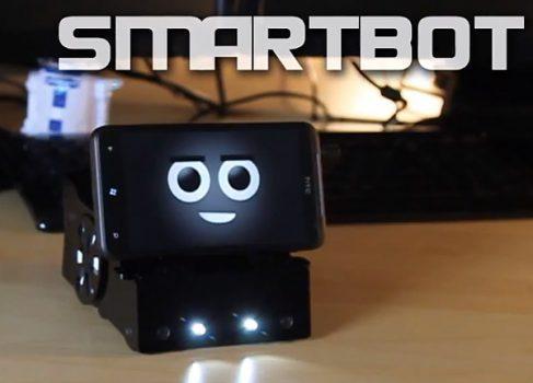 SmartBot превращает смартфон в программируемого робота