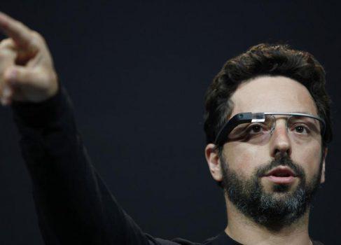 Google Glass нельзя будет продавать или одалживать