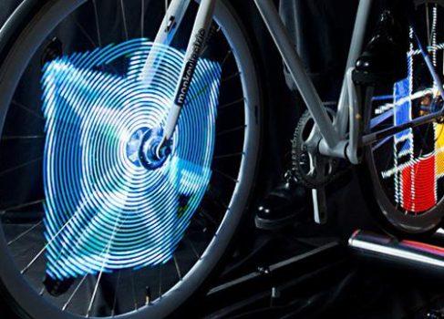 Monkey Light Pro — LED-анимация на колесах вашего велосипеда