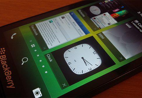 BlackBerry OS 10.2 будет совместима с Android 4.2.2 Jelly Bean