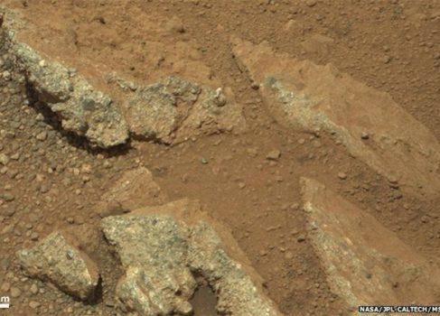 Марсианская галька доказывает, что на планете была не просто вода, а целые реки