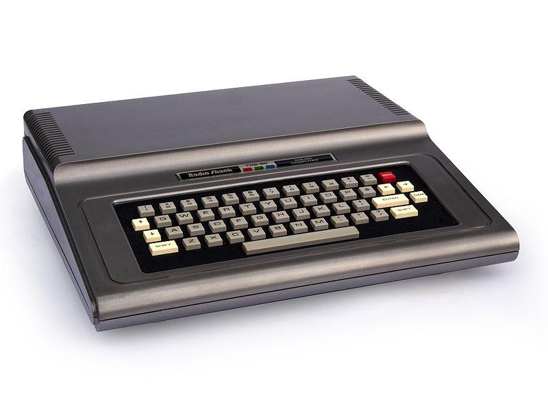 800px-TRS-80_Color_Computer_1_4x3