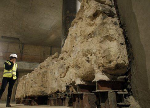 Новый Apple Store в Мадриде строят на руинах госпиталя XV века