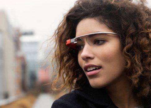 Google покупает производителя чипов для Google Glass