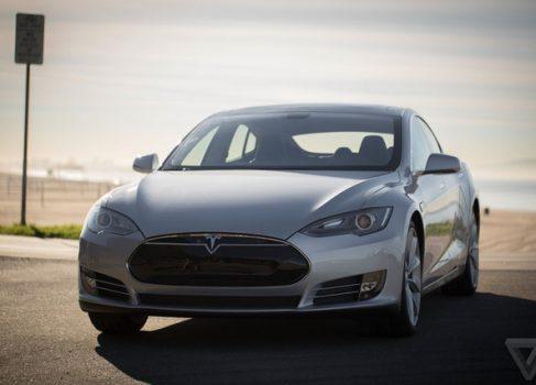 Элон Маск: Tesla SelfDrive всё равно нужен водитель