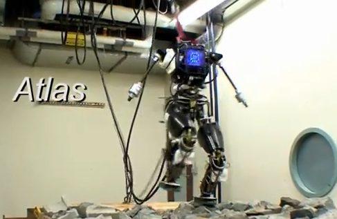 Робот ATLAS от DARPA уверенно бегает по камням [видео]