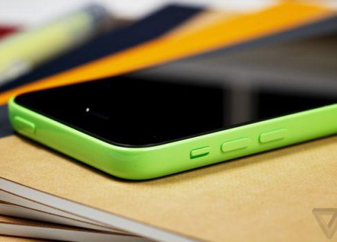 Best Buy продаёт iPhone5C за $50