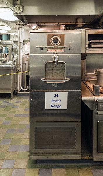 Radarange_microwave_oven