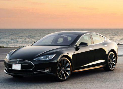 Tesla Model S выходит на Китайский рынок по агрессивной цене