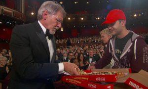 Разносчик пиццы на премии Оскар получил $1000 чаевых